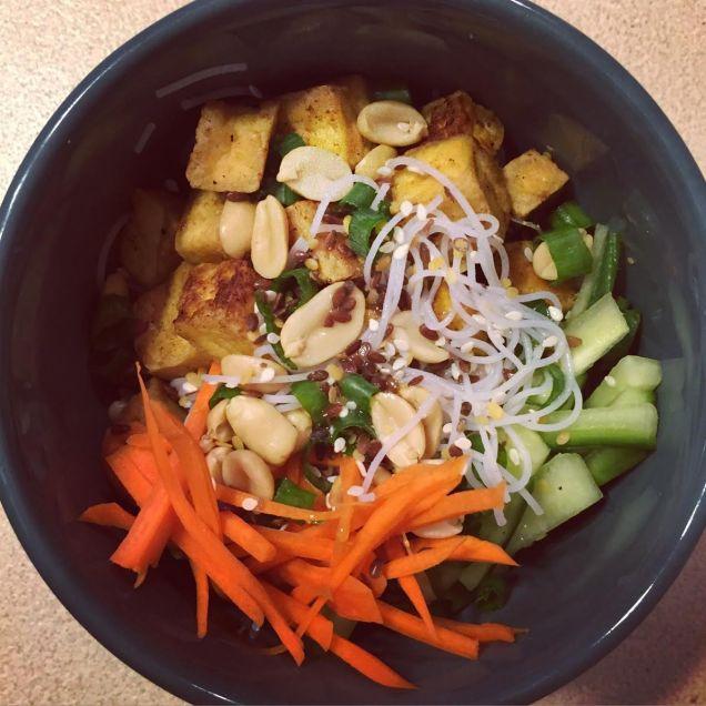 Rice noodle & veg bowl.